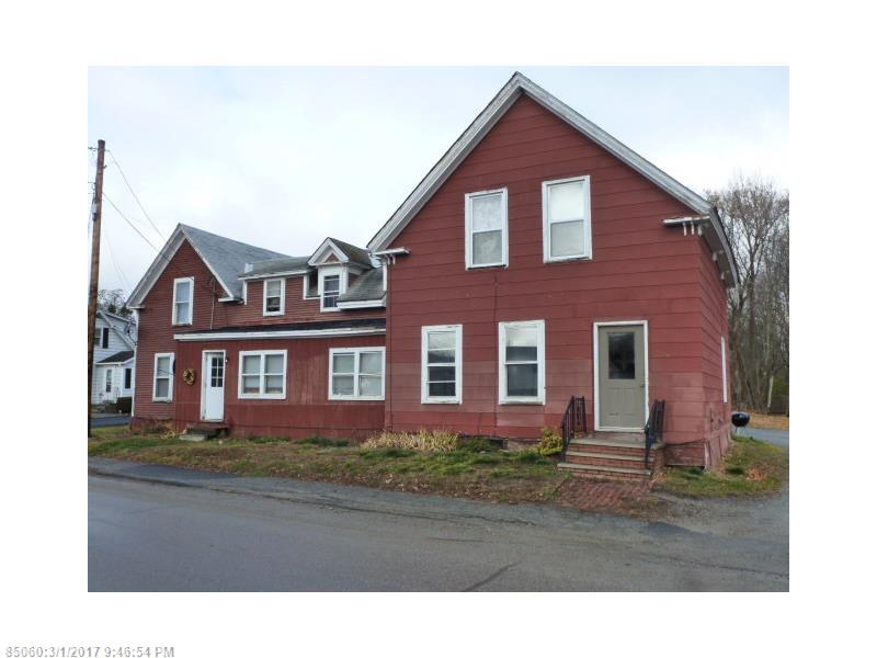 8 County Rd, Milford, ME 04461