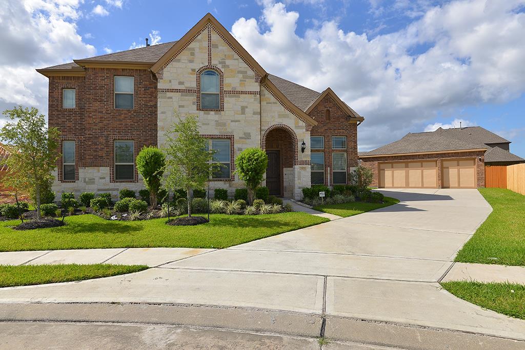 2975 Holbrook Valley Ln, League City, TX 77573