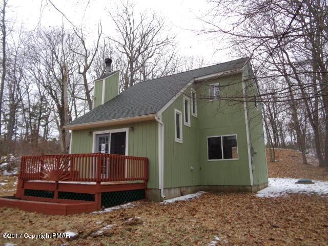 392 Gold Finch Rd, Bushkill, PA 18324