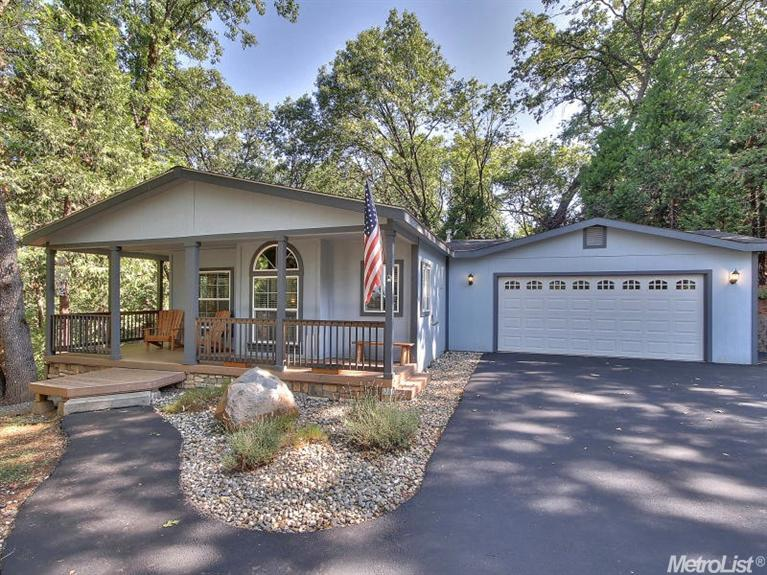6564 Green Leaf Ln, Foresthill, CA 95631