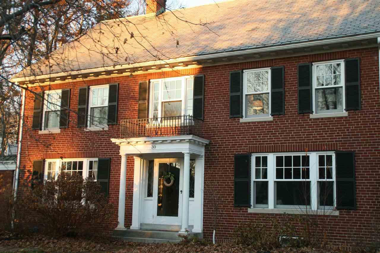 30 Auburn St, Concord, NH 03301