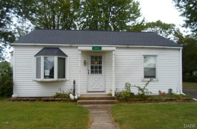 221 Fairview Ave New Madison, OH