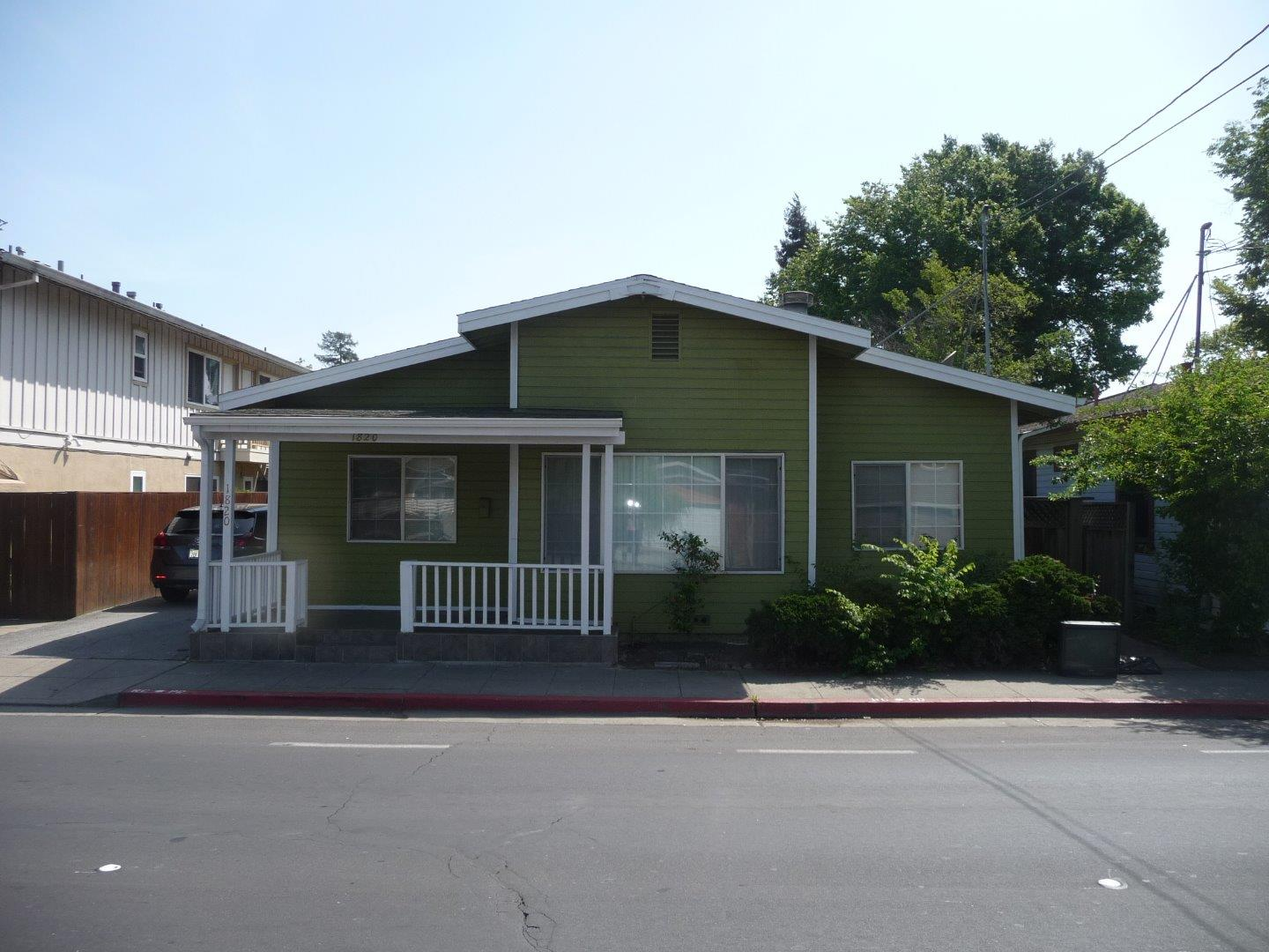 1820 Middlefield Rd, Redwood City, CA 94063