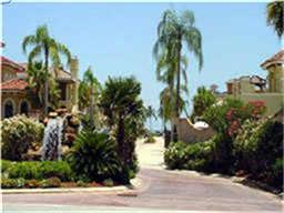 518 Villa Dr, Seabrook, TX 77586