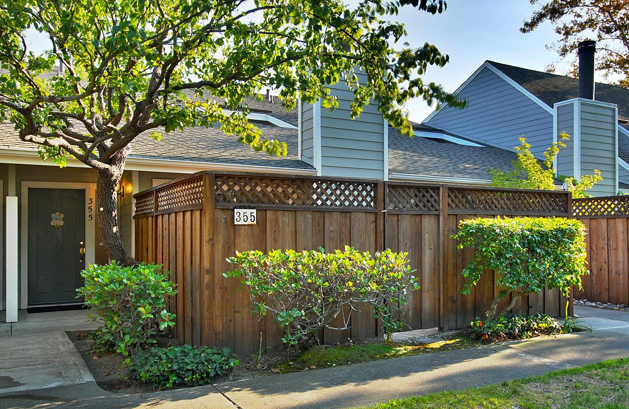 355 Catamaran St, Foster City, CA 94404