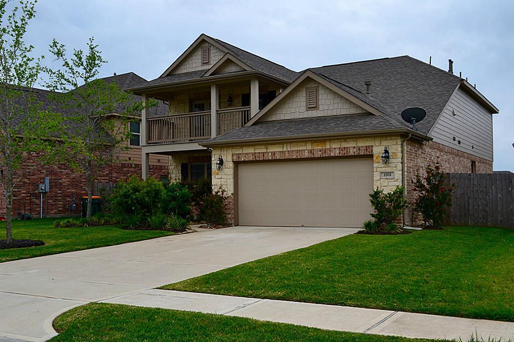 2702 Camden Hill Ln, Pearland, TX 77089