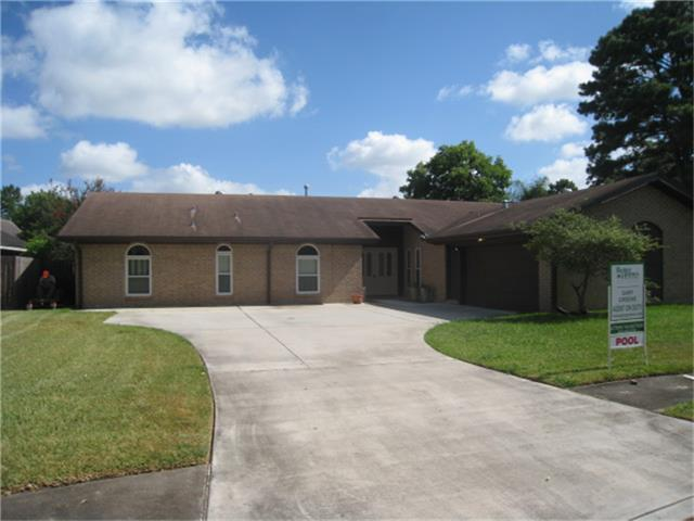 4359 Parkmead Dr, Seabrook, TX 77586