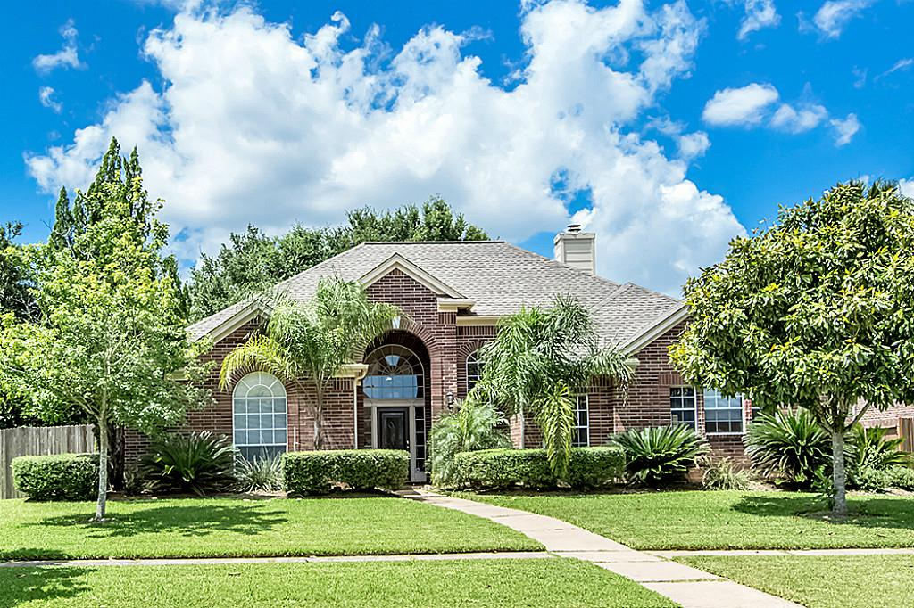 2201 Acadiana Ct, Seabrook, TX 77586