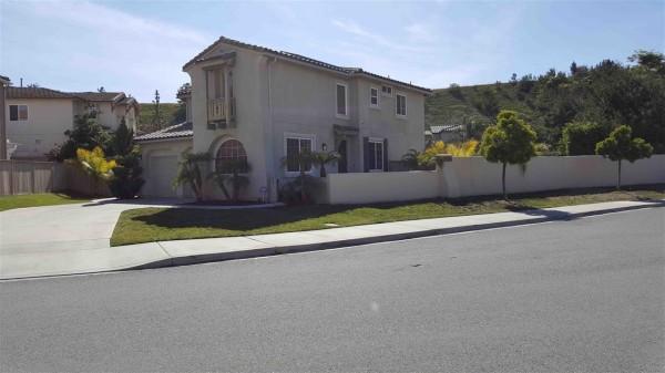 860 Bryce Canyon Ave, Chula Vista, CA 91914