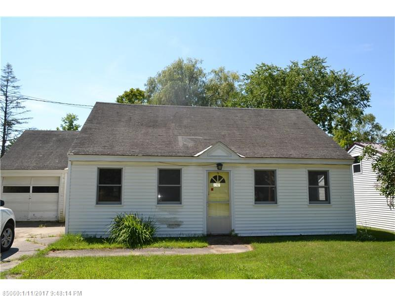257 Hunnewell Ave, Pittsfield, ME 04967