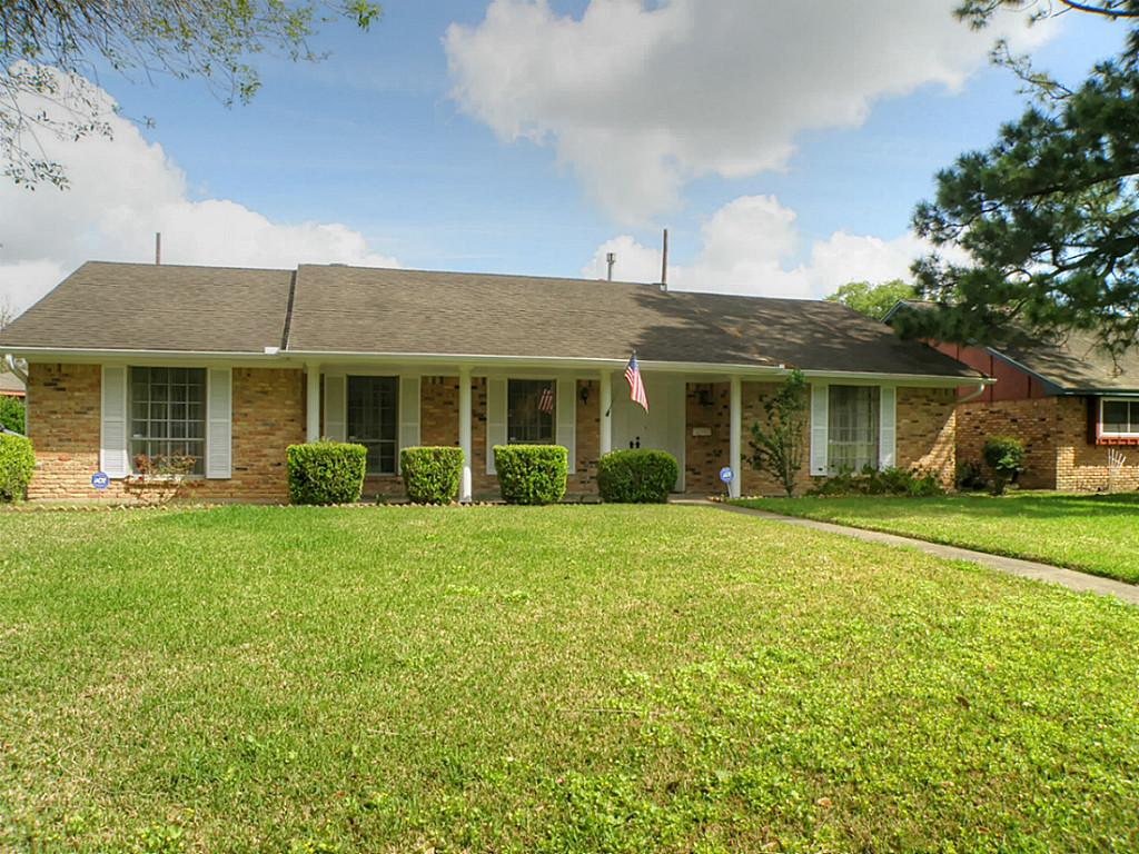 7623 Montglen St, Houston, TX 77061