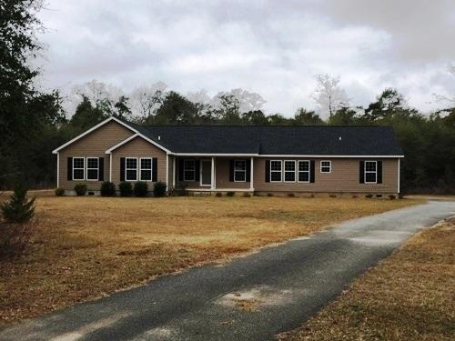 18 Ruby Rd, Hawkinsville, GA 31036