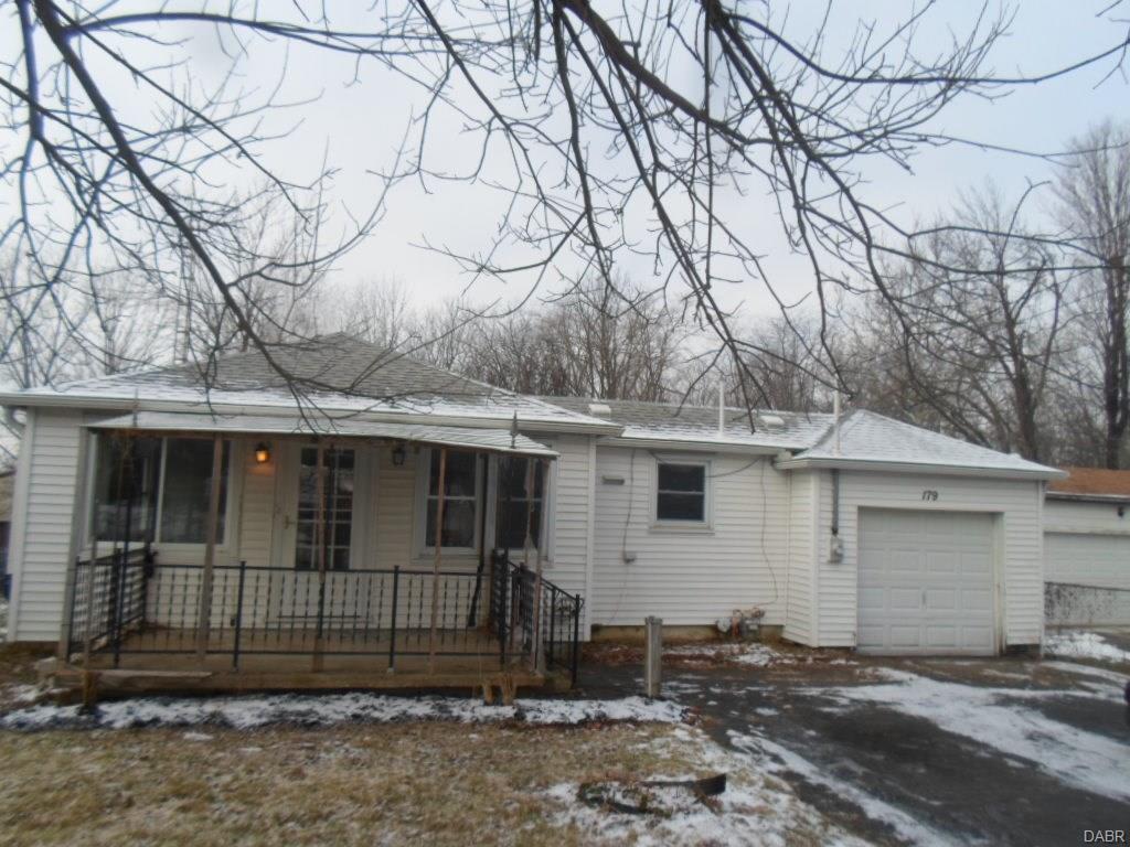 179 Crawford Rd, New Lebanon, OH 45345