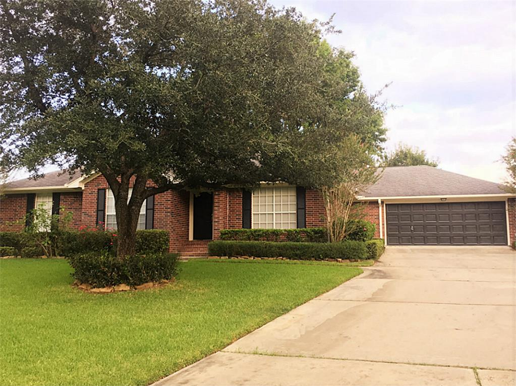 7256 Edgewater Dr, Willis, TX 77318