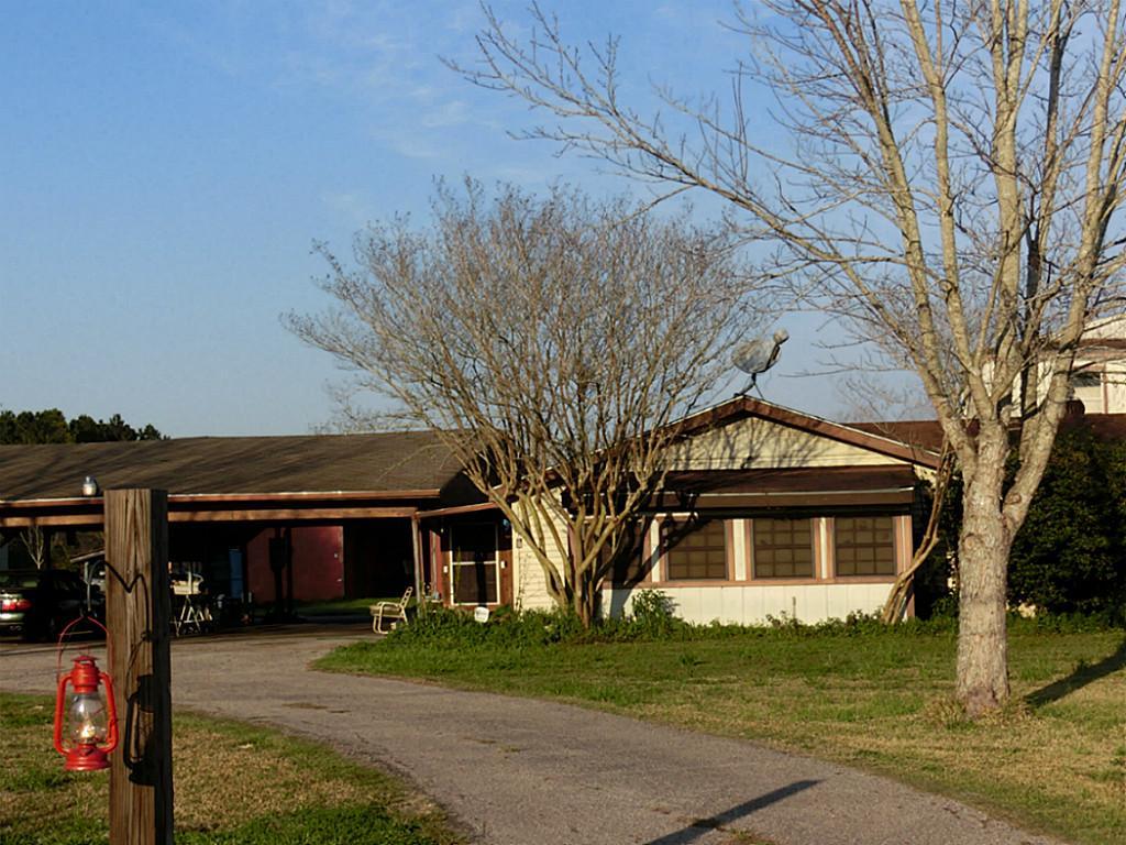 13431 County Road 282, Alvin, TX 77511