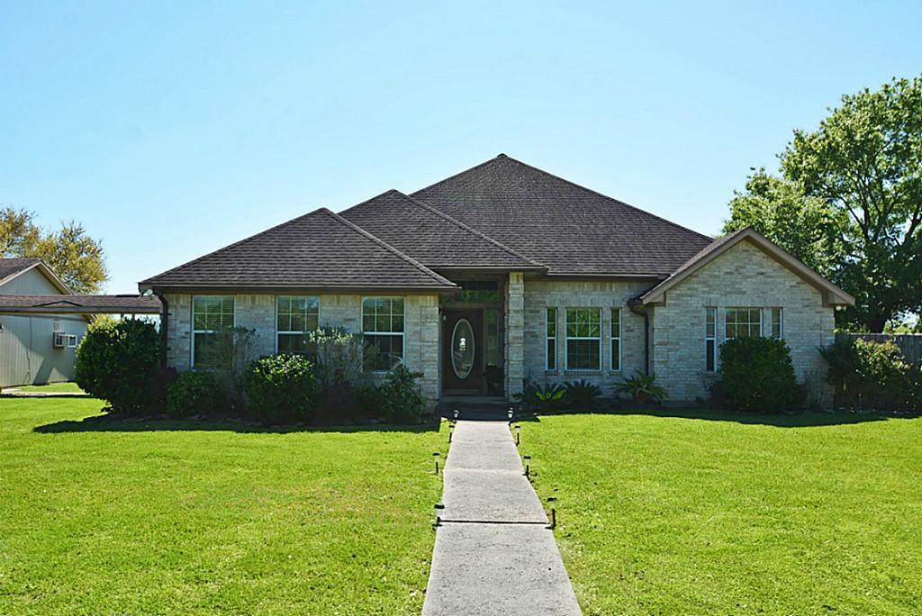 3212 Kueck Rd, Rosenberg, TX 77471