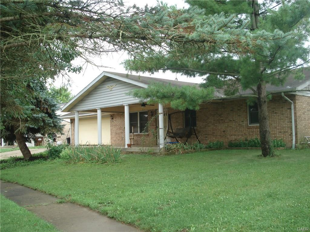 16 Marty Ln, West Alexandria, OH 45381