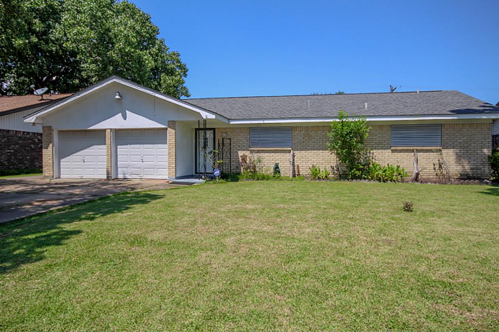 2806 21st Ave N, Texas City, TX 77590