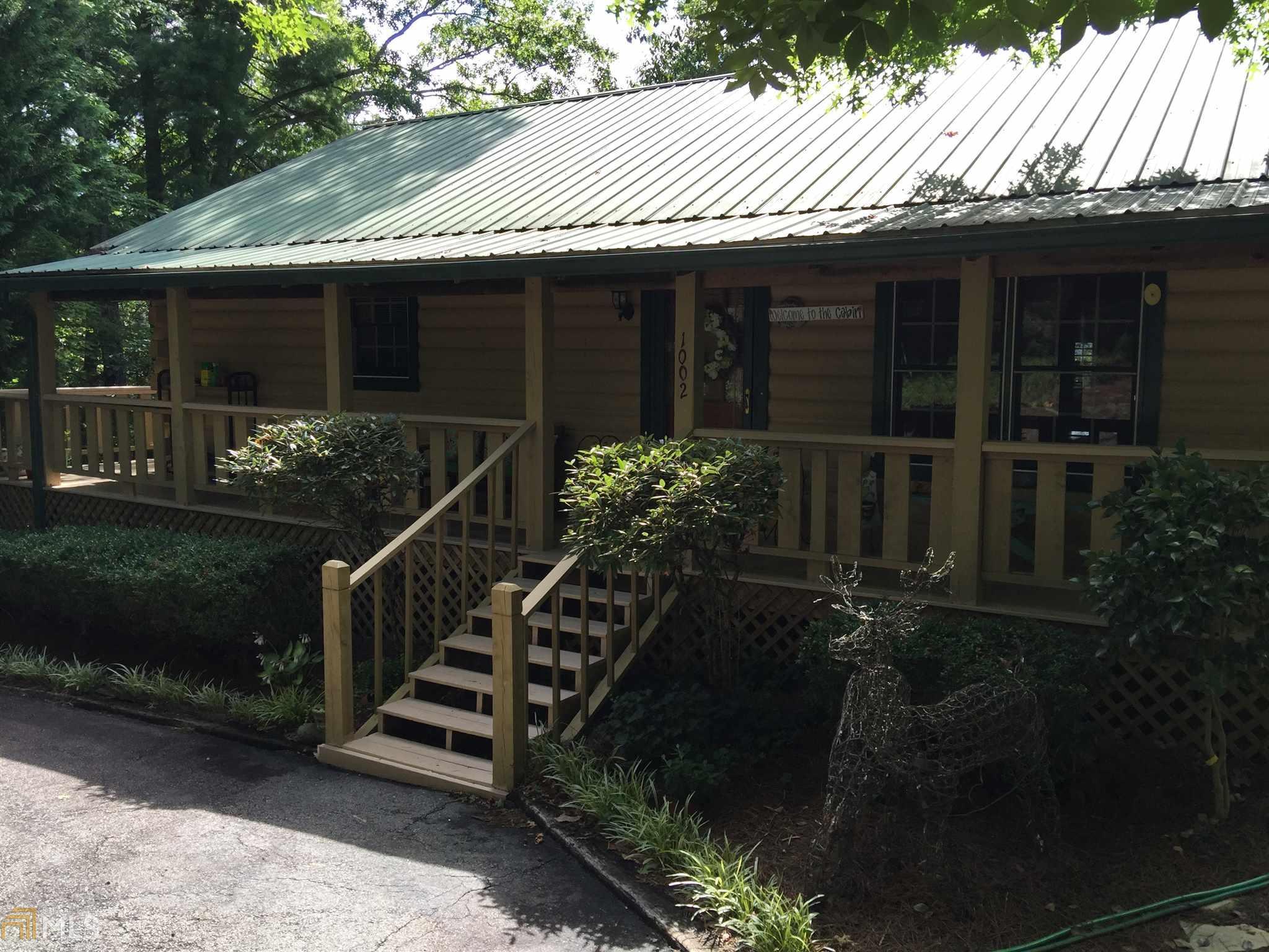 1002 Long Laurel Ridge Dr, Lakemont, GA 30552