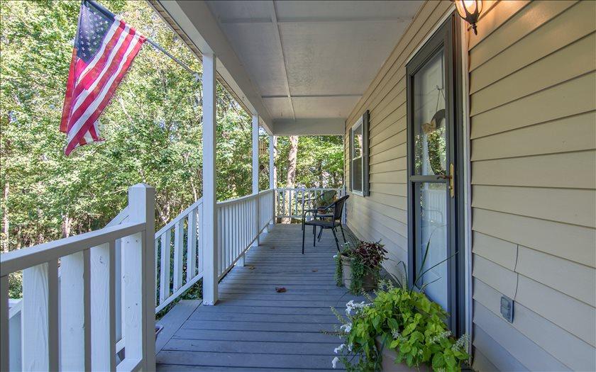 38 Walnut Ridge Ln Ellijay, GA