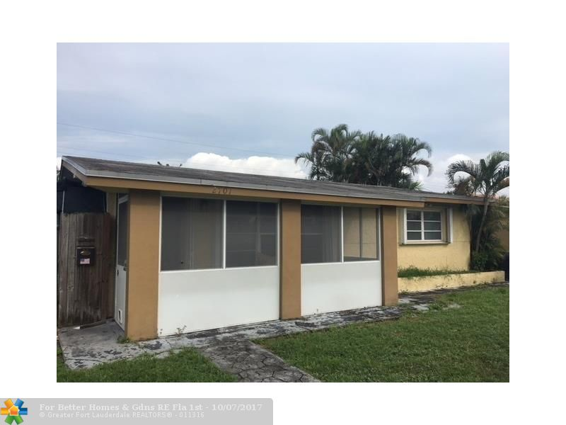 2701 Riviera Dr Hollywood, FL