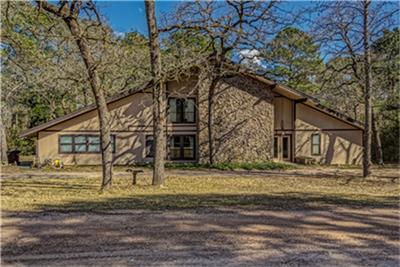 29028 W Lake Dr, Hempstead, TX 77445