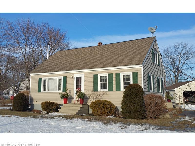 232 Chester St, Pittsfield, ME 04967