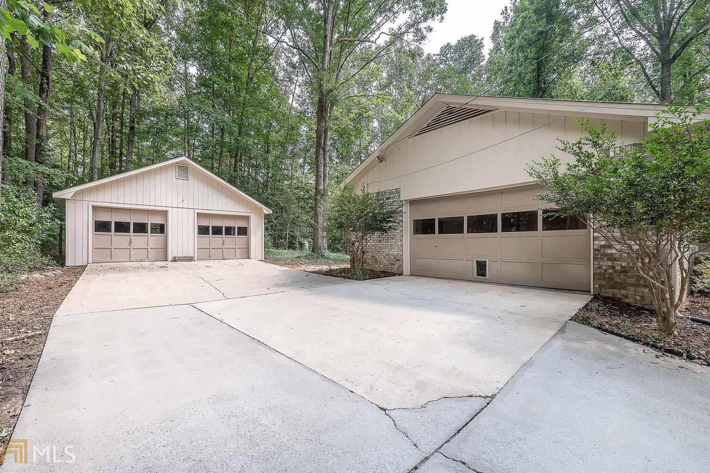 90 Garden Cv Stockbridge, GA