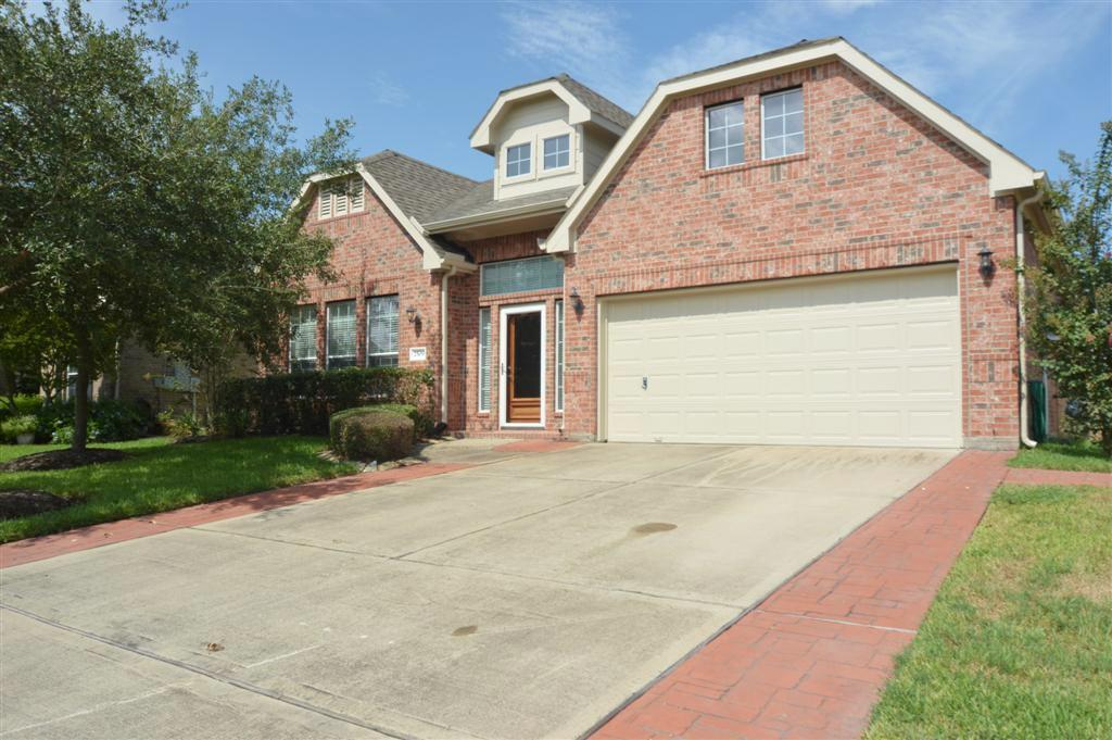 2509 S Venice Dr, Pearland, TX 77581