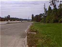 151 Sentinel Oaks, Pinehurst, TX 77362