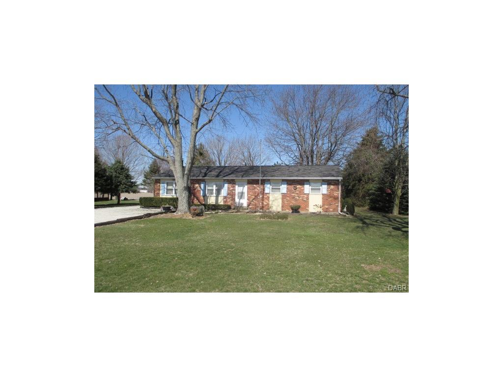 2634 Hollansburg Sampson Rd, New Madison, OH 45346