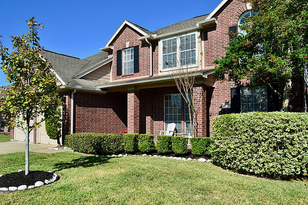 4027 Ridgepoint Dr, Pearland, TX 77584