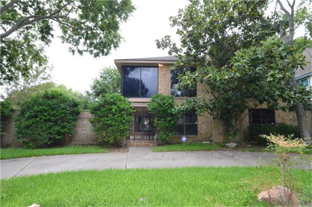 1703 Chapelwood Ln, Richmond, TX 77469