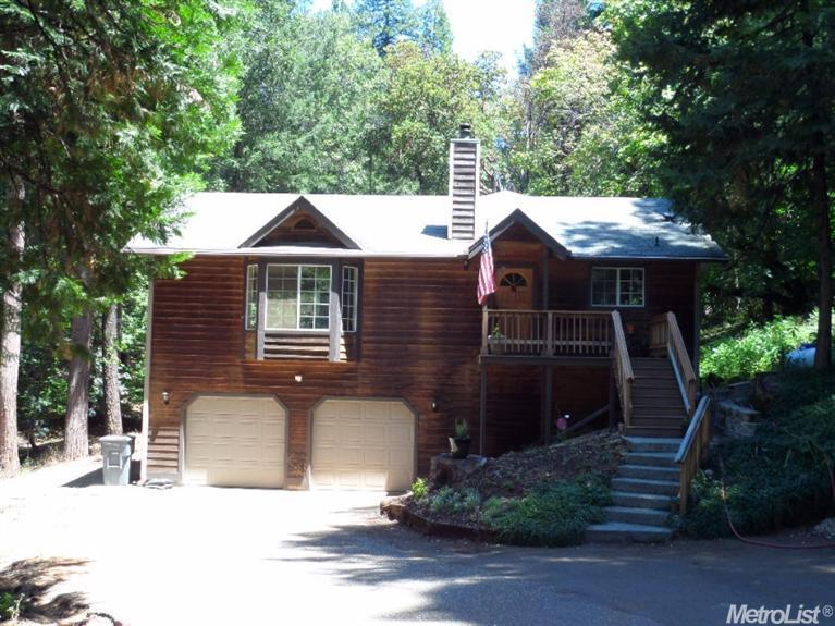 5205 Happy Pines Dr, Foresthill, CA 95631