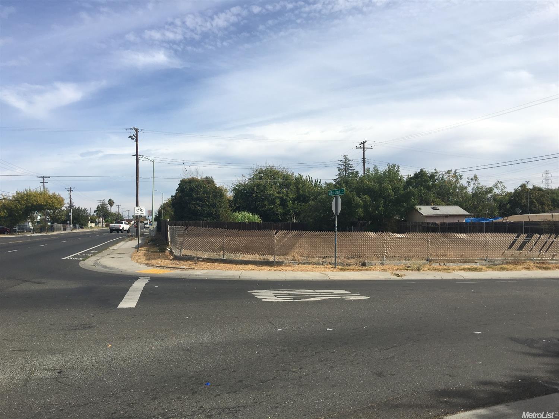 6401 75th St, Sacramento, CA 95828