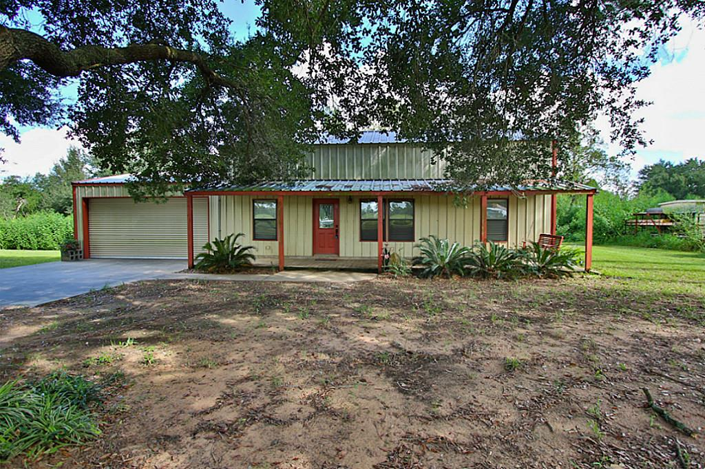 35210 Cattle Creek Rd, Hempstead, TX 77445