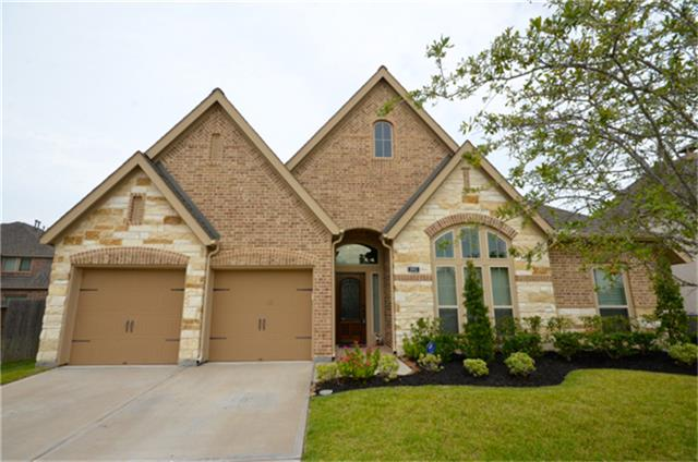 1993 Biscayne Lake Dr, Pearland, TX 77584