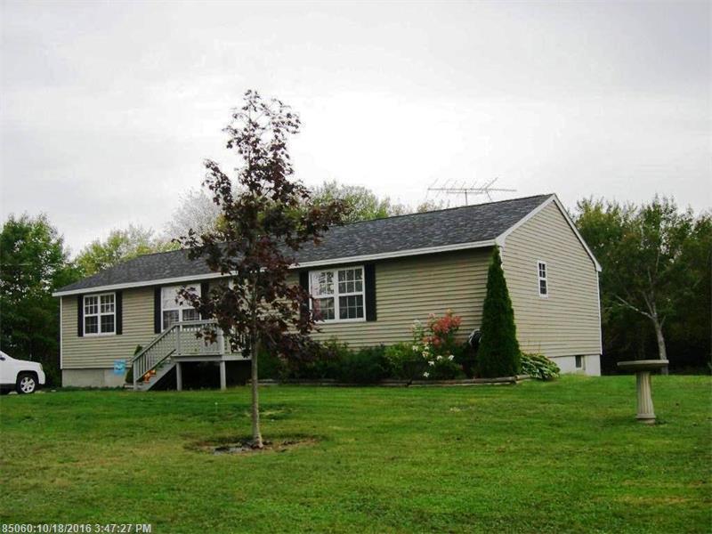 107 Hillcrest Dr, Winter Harbor, ME 04693