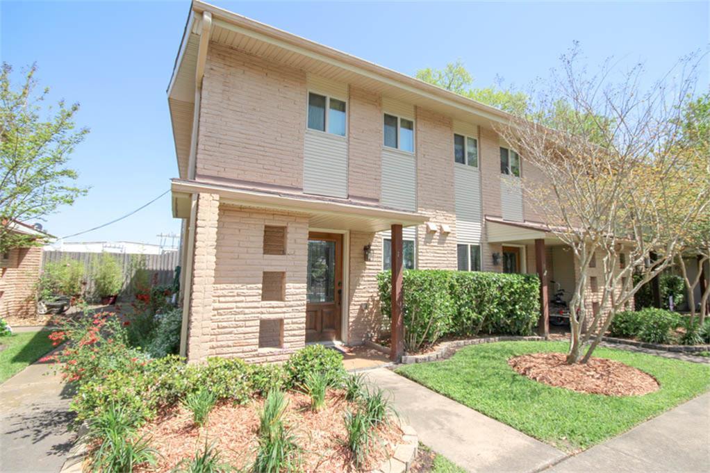 2330 Lidstone St, Seabrook, TX 77586