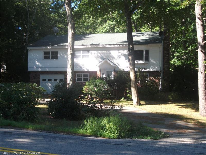 39 Old Post Rd, York, ME 03909