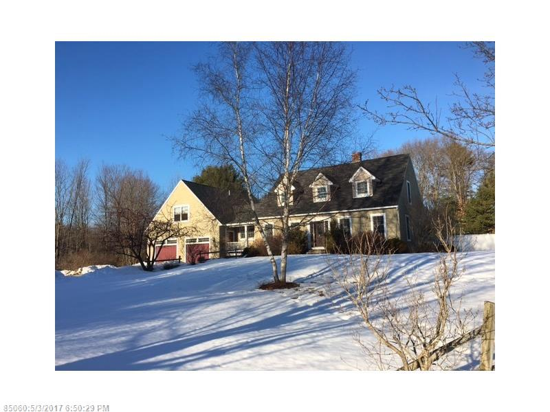 893 River Rd, Windham, ME 04062
