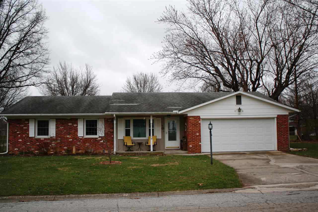 101 W Hickory Grove Rd, Hartford City, IN 47348
