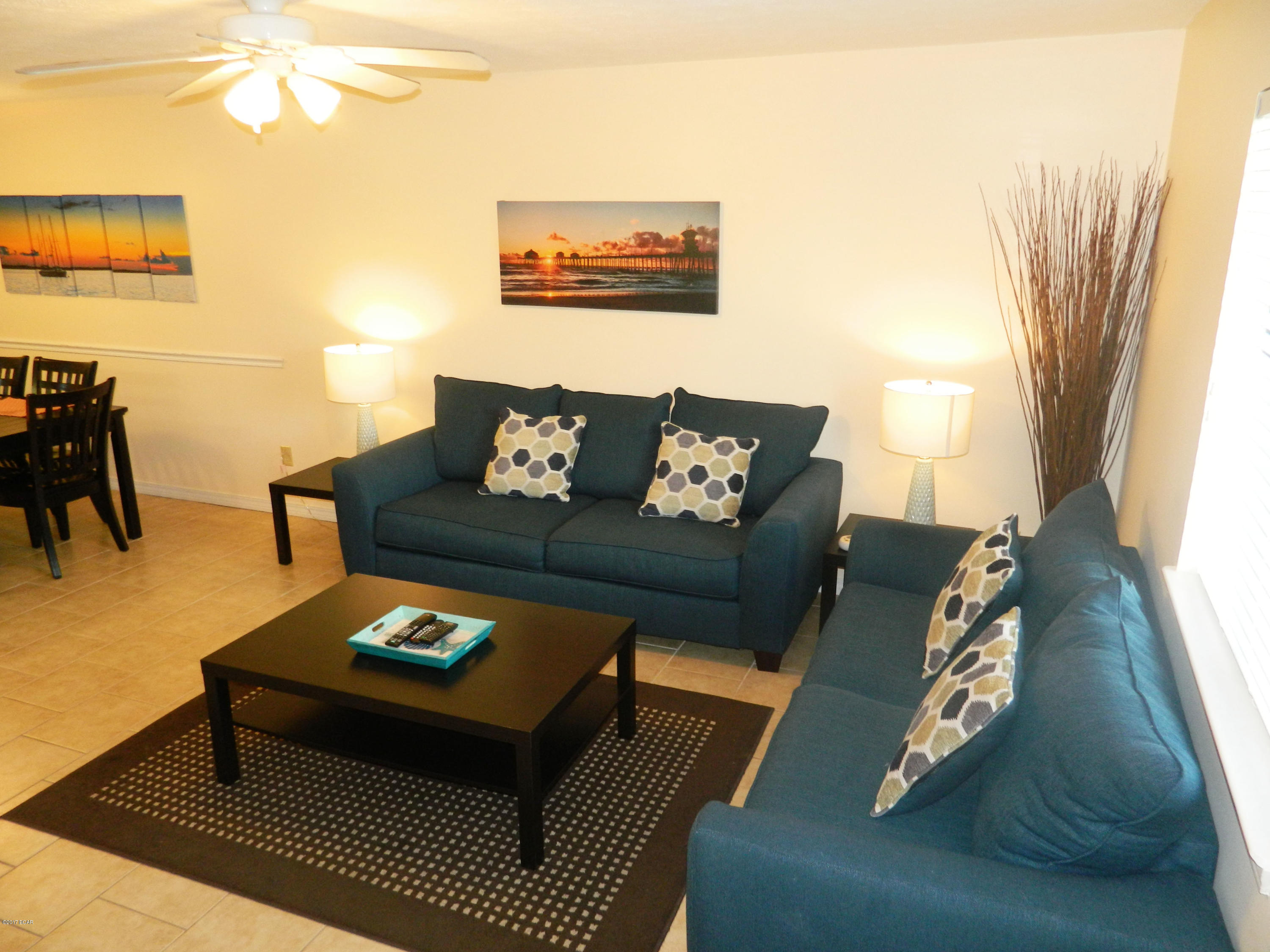 http://photos.listhub.net/RFGC21/KSEPTY/2?lm=20181004T201024