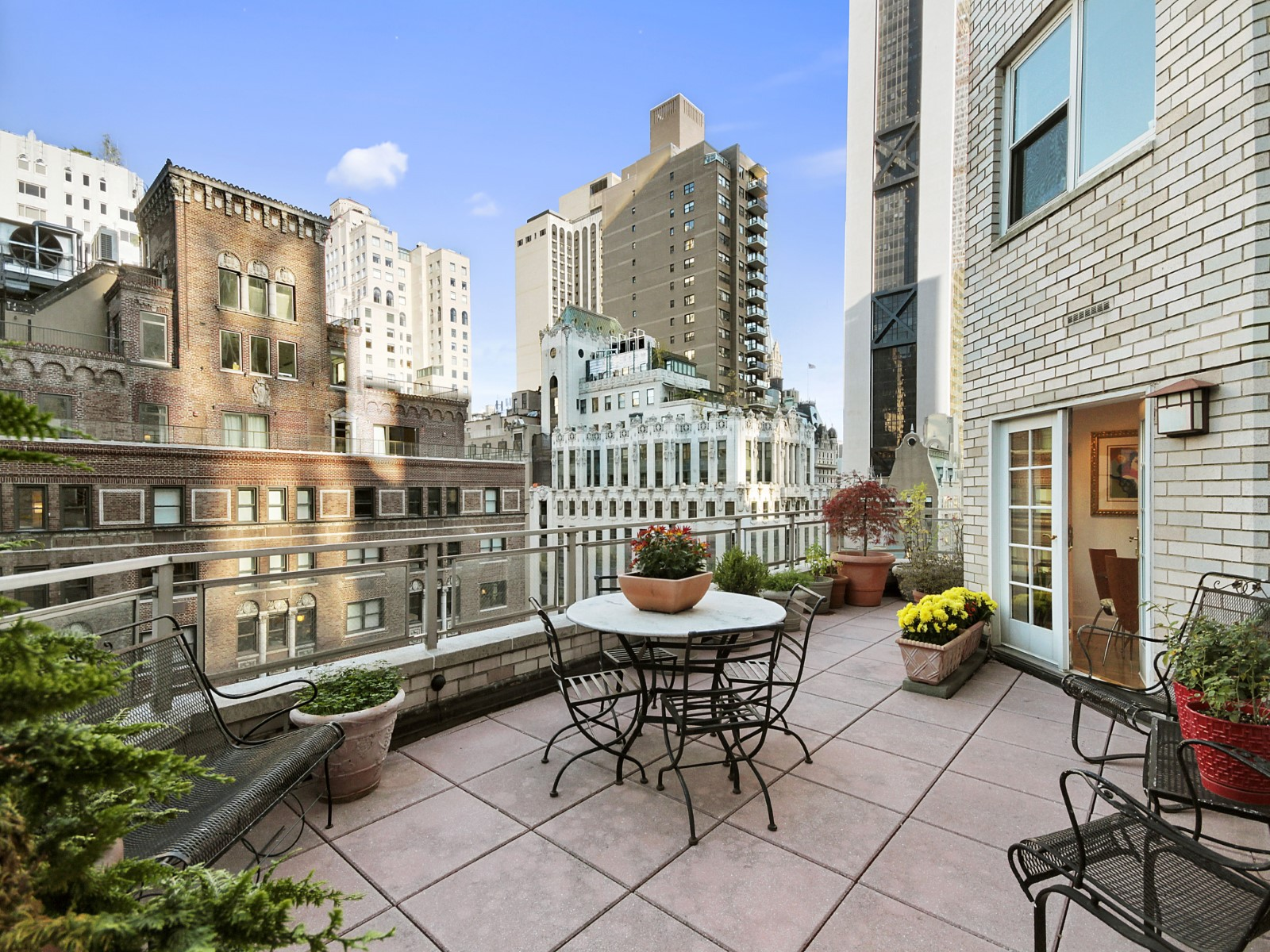 100 West 57th Street, Unit 18B