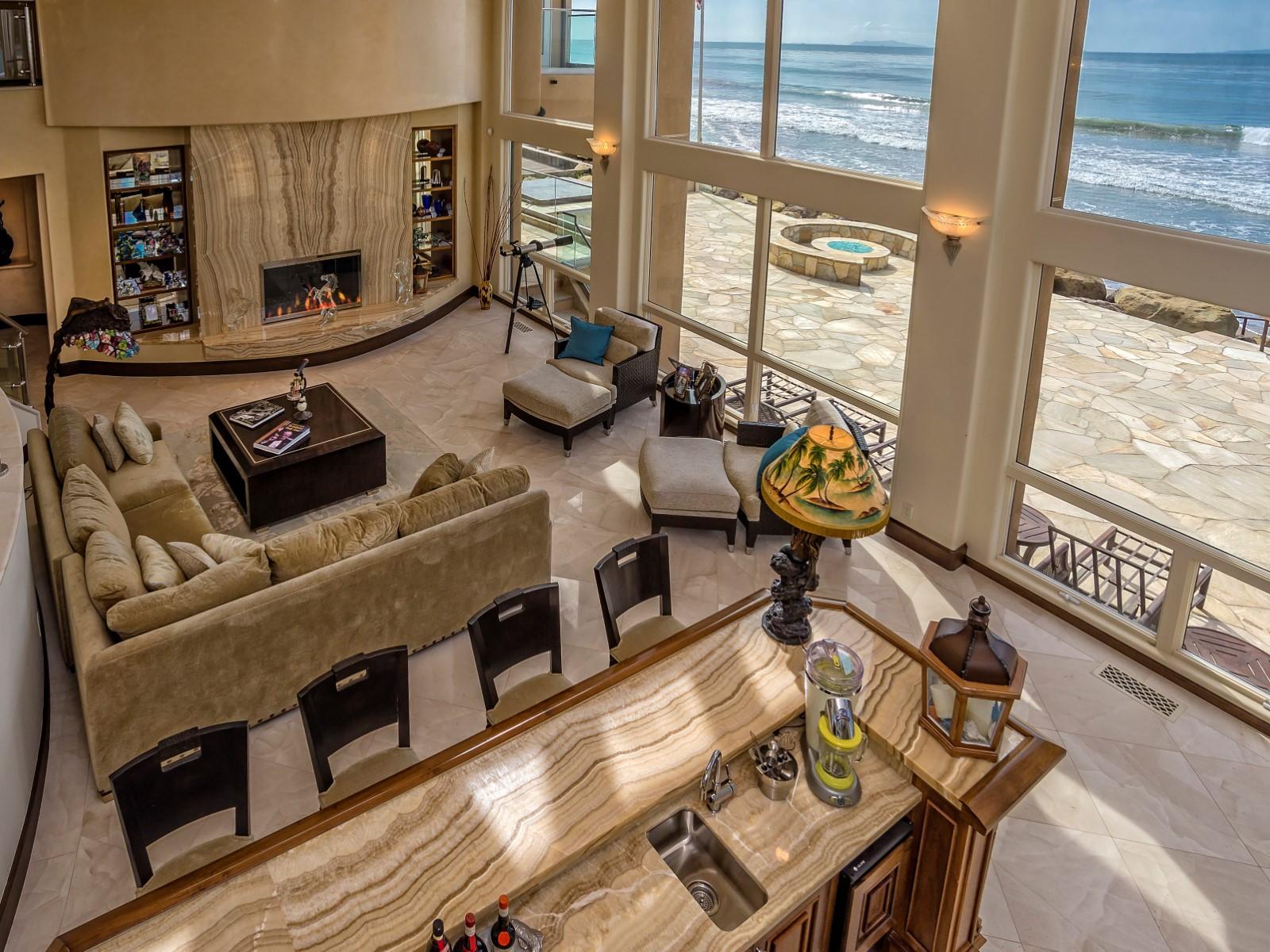 Solimar Beach Resort Living