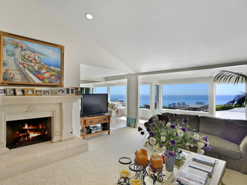 Bluff Property with Pool in Malibu