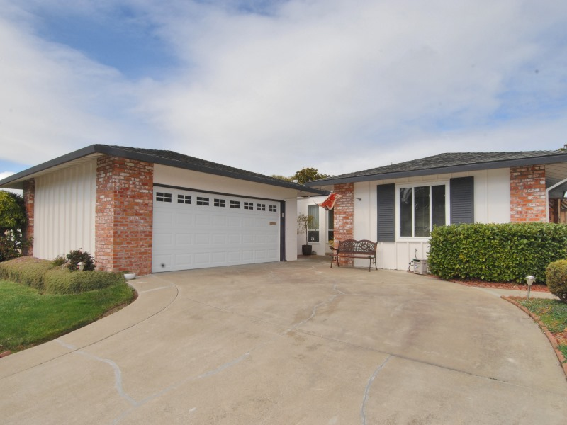 239 Puffin Ct, San Mateo, CA 94404