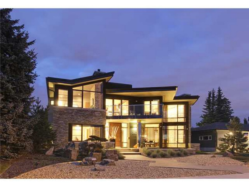 Exquisite Ridge View Home