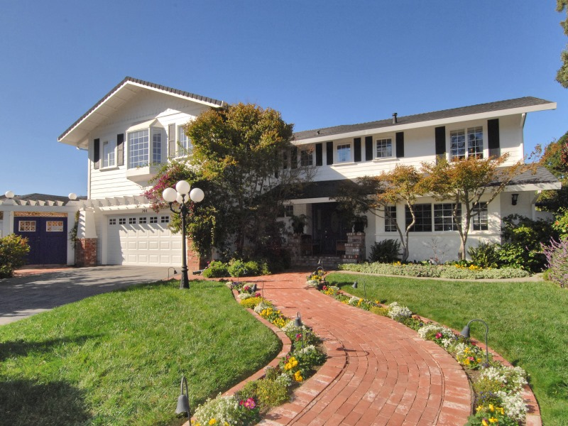744 Le Mans Way, Half Moon Bay, CA 94019