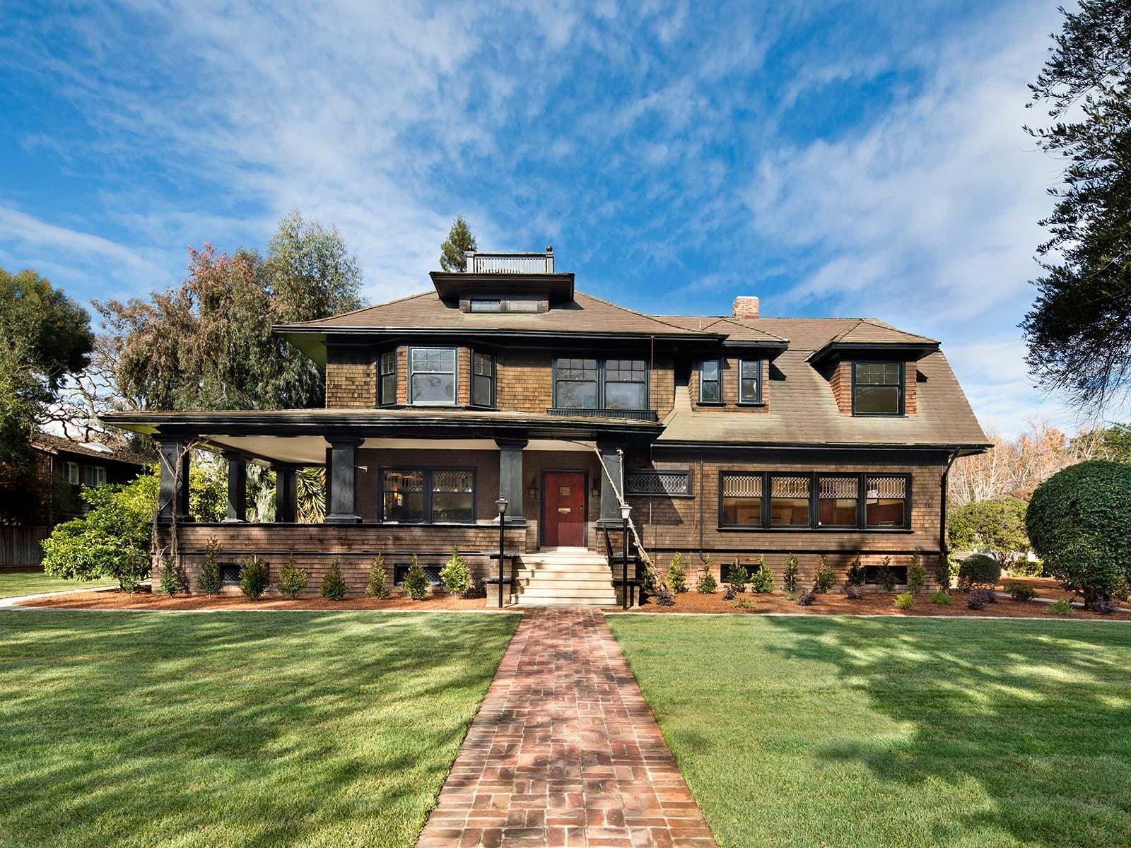 Mark Zuckerberg Buys New House In Palo Alto – PropGoLuxury ...